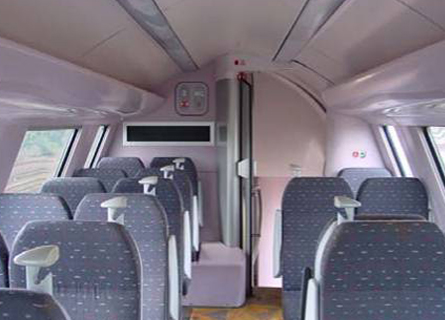 Interior lining of a railway vehicle with UP Composites (gelcoat and resine)